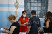 Podľa arménskej polície prišlo celkovo k 64 prípadom narušenia volebného procesu.