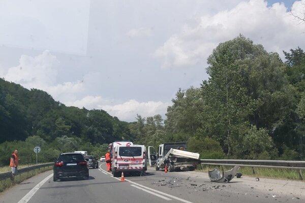 Nehoda v Demjate.