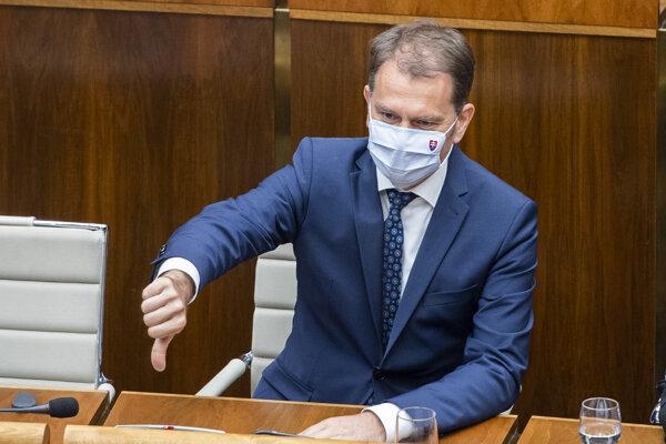 Minister financií Igor Matovič pred hlasovaním o svojej nedôvere.