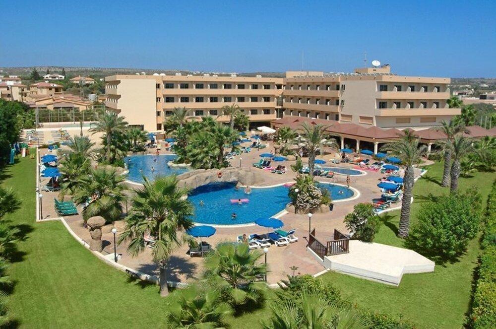 Nissiana Hotel & Bungalows3*