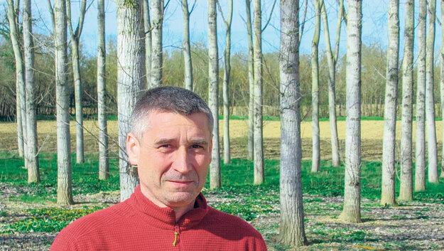 Alain Magnaut a jeho topole.