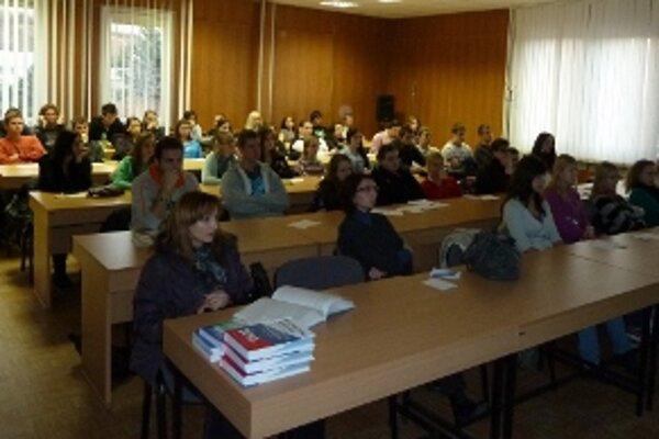 Počas dňa otvorených dverí na nitrianskom krajskom pracovisku Štatistického úradu SR prejavili najväčší záujem študenti z vysokých a stredných škôl.