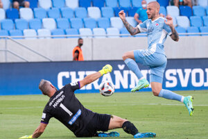 Vladimír Weiss ml. v zápase ŠK Slovan Bratislava - Shamrock Rovers, Liga majstrov.