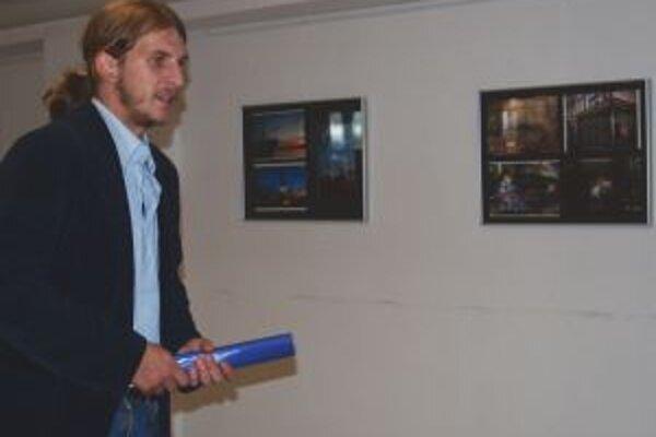 Jára Sijka ochorel, autora fotografií preto predstavil Pavol Ferčák z MsÚ.