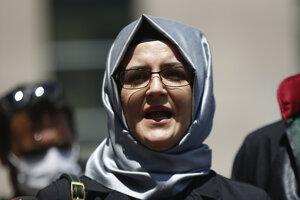 Hatice Cengiz, manželke zavraždeného novinára do mobilu tiež nainštalovali sledovací systém.