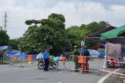 V Hanoji zastavili všetky vonkajšie aktivity a nariadili zatvorenie podnikov.