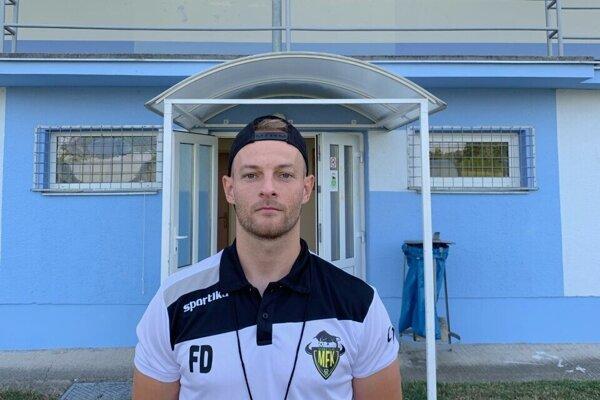 Tréner MFK Stará Turá Filip Durec.