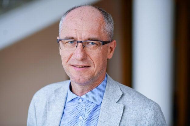 Karel Hirman, energetický analytik.