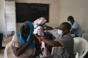 Očkovanie proti ochoreniu Covid-19 v Senegale.