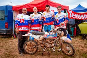Víťazný tím Motoklub Pionier Vieska nad Žitavou.