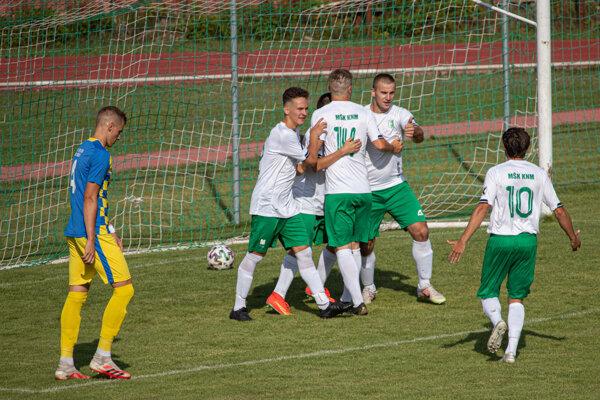 Futbalisti Kysuckého Nového Mesta sa gólovo radovali v Gbeľanoch až šesťkrát.