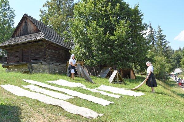 Ľanová nedeľa v Múzeu slovenskej dediny v Martine.