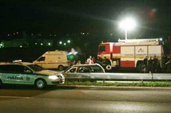 Miesto činu - severný obchvat Nitry. Auto, ktoré šoféroval Vančo, narazilo do zvodidiel.