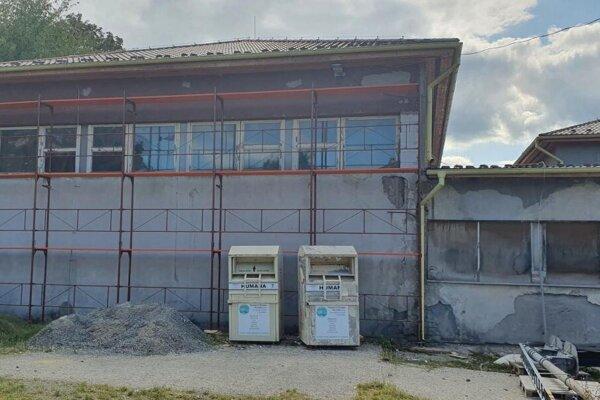 Telocvičňa pri Základnej škole v Haliči