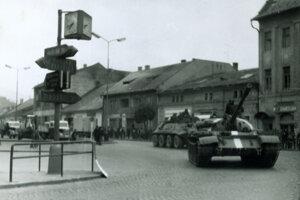 Príchod vojsk do Brezna.