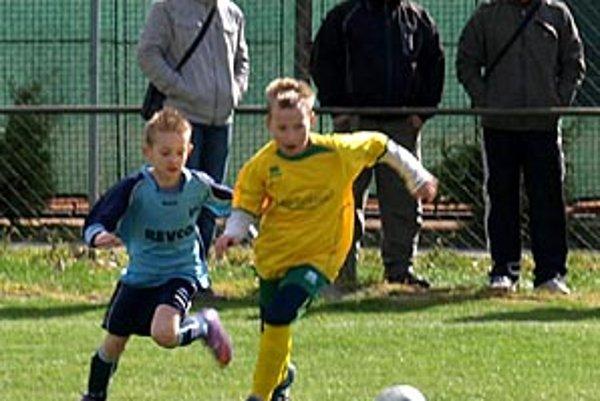 Štvrtáci Levíc porazili tím FC Nitra 2:1.