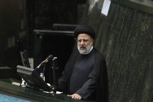 Nový iránsky prezident Ebrahím Raísí.