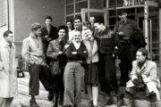 Rozhlásaci v polovici októbra 1944 tesne pred odchodom do hôr.