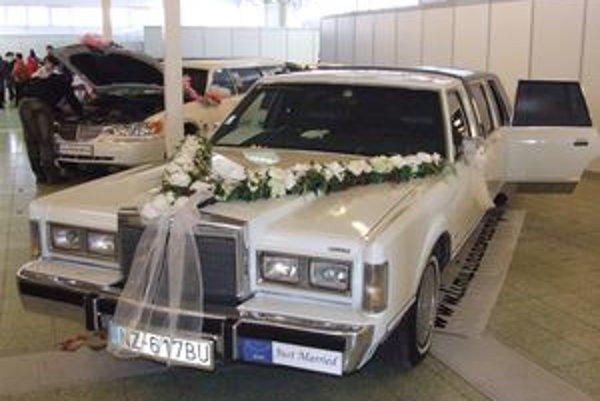 Cena svadobných limuzín sa pohybuje od 60 eur na hodinu.