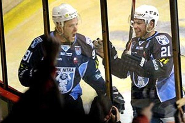 Radosť Samira Salijiho a Mareka Slováka. Nitrania si vynútili piaty zápas série.