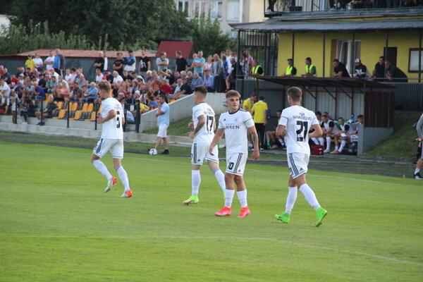 Námestovskí futbalisti cestovali do Bardejova.