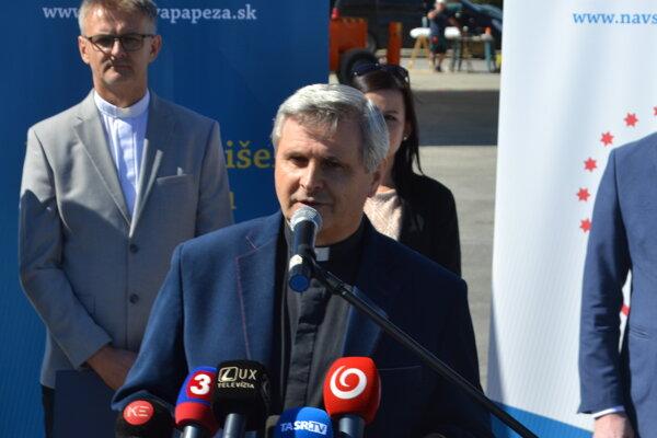 Otec Ľubomír Petrík sa aktívne angažoval už počas návštevy Jána Pavla II.