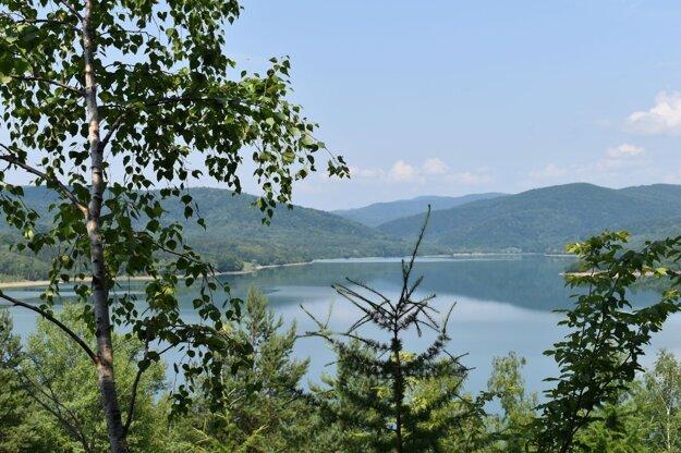 Starina je jedna z najväčších umelých zásobární pitnej vody v strednej Európe.