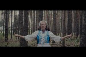 Záber z najnovšieho klipu Save the Jungle.