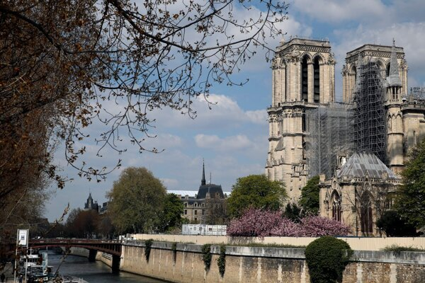 Katedrála Notre-Dame.