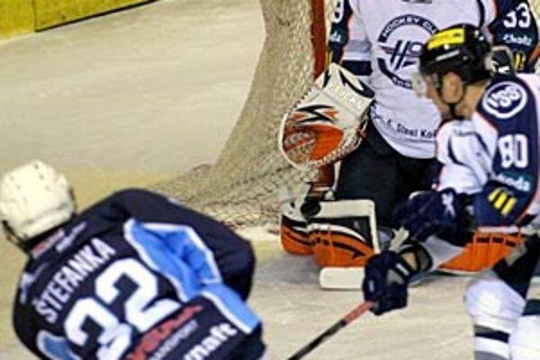 Nitran Miroslav Štefanka pokračuje vo výborných výkonoch, pripísal si gól aj asistenciu.