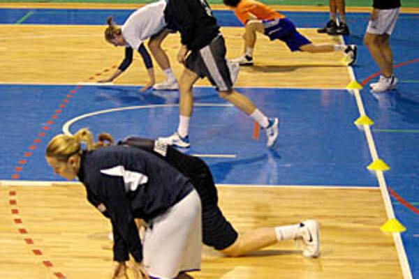 Basketbalistky Nitry dostali na tréningu zabrať.