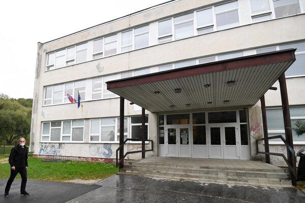 Základná škola Krosnianska v Košiciach.
