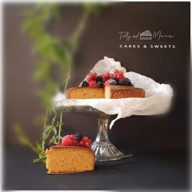 Mrkvovo-orechový koláč
