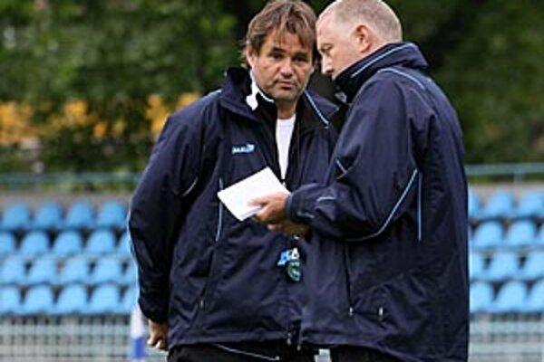 V poslednom tohtoročnom ligovom zápase, opäť v Zlatých Moravciach, povedie mužstva doterajší Galádov asistent Ivan Vrabec.