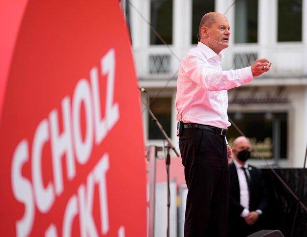 Kandidát Sociálnodemokratickej strany (SPD) Olaf Scholz sa deň pred nemeckými parlamentnými voľbami stretol so svojimi voličmi v Postupime.