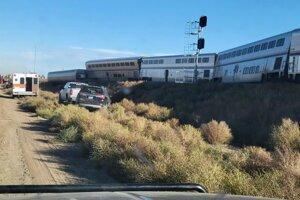 Vlak zo Seattlu do Chicaga sa vykoľajilo neďaleko obce Joplin v štáte Montana.