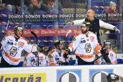 Pohľad na striedačku HC Košice v zápase so Slovanom Bratislava.