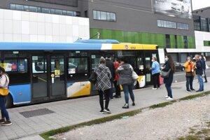 V Košiciach nepribudol za tri roky jediný nový autobus.
