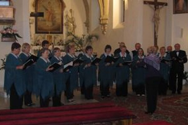 Lipka spievala v kostole na Morave.