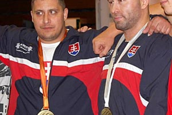Medailisti z Nitry - zľava Jozef Kopálek a Peter Lincmaier.