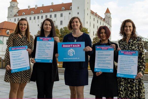 Političky z Progresívneho Slovenska predstavili tzv. Ženský balík.