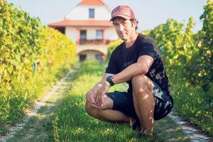 Počas siedmich rokov, keď sme testovali desiatky zhromaždených odrôd viniča, sme nepoužili jediný postrek. Michal Hladký