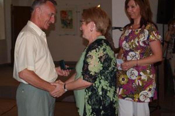 Medailu profesora Kňazovického dostal aj Milan Šajgalík z Nitry.