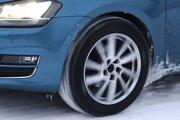 Pneumatiky s rozmerom 195/65 R15 skúšal ADAC na Volkswagene Golf.