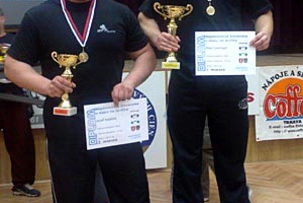 Siloví trojbojári (zľava) Jozef Kopálek a Peter Lincmaier.