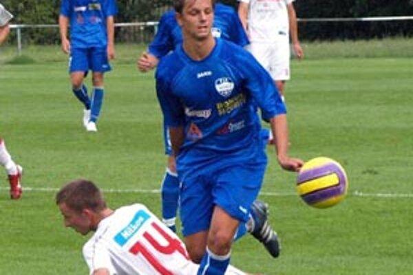 Matúš Paukner strelil v zápase béčok DAC-u štyri góly!