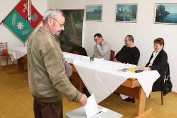 Občania obce Búč v Komárňanskom okrese rozhodli o ďalšom osude budovy bývalého kultúrneho domu.