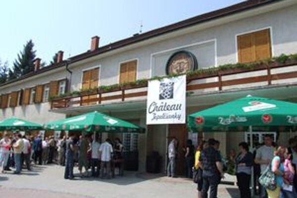 Závody v Topoľčiankach za svoju 17-ročnú históriu víno do Talianska ešte nevyvážali.
