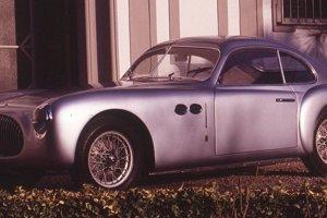 Cisitalia 202 Gran Sport (1947)Model sa v roku 1951 ocitol vo vyberanej spoločnosti ôsmich automobilov, ktoré tvorili vôbec prvú výstavu vozidiel v newyorskom Museum Of Modern Art. Doteraz je ako jediné z nich súčasťou stálej expozície tohto prestížneho múzea. Model sa komerčného úspechu najmä kvôli cene nedočkal, medzi rokmi 1947 a 1952 sa ho vyrobilo 170 kusov.