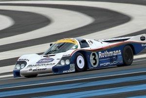 1982 Porsche 956Toto Porsche vyhralo v roku 1983 preteky 24-hodín Le Mans. Predalo sa za 10,1 milióna dolárov.
